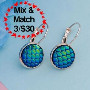 🔹️Blue Mermaid/Dragon Scales w/ Gold-Tone Hoop
